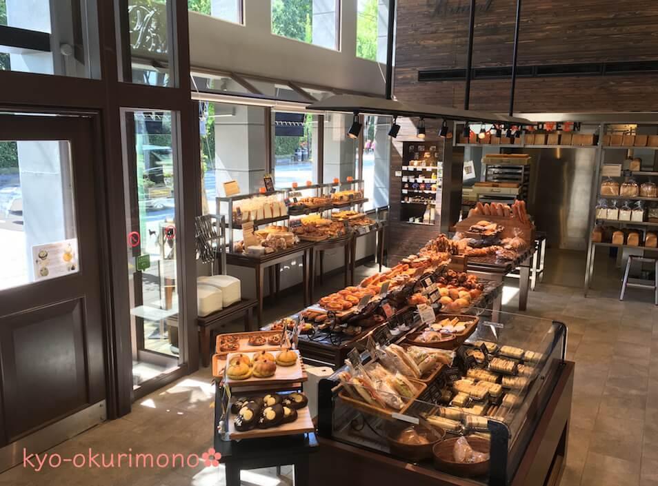 ブリアン北山店のパン売り場